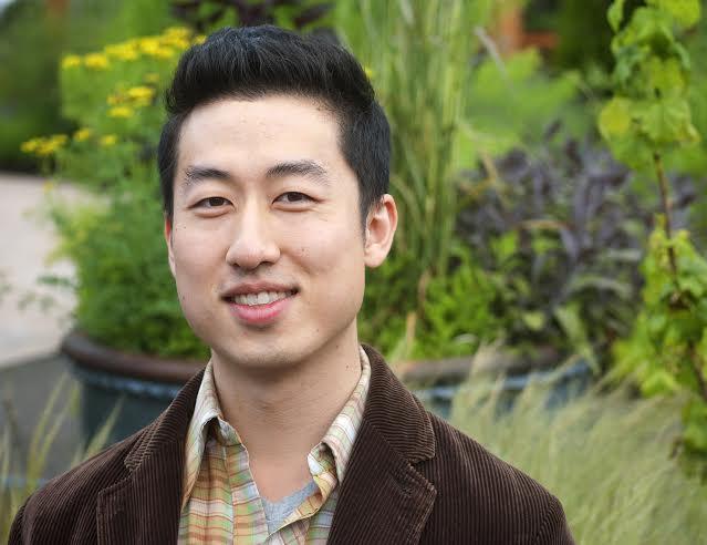 Sunjae Lee portrait.
