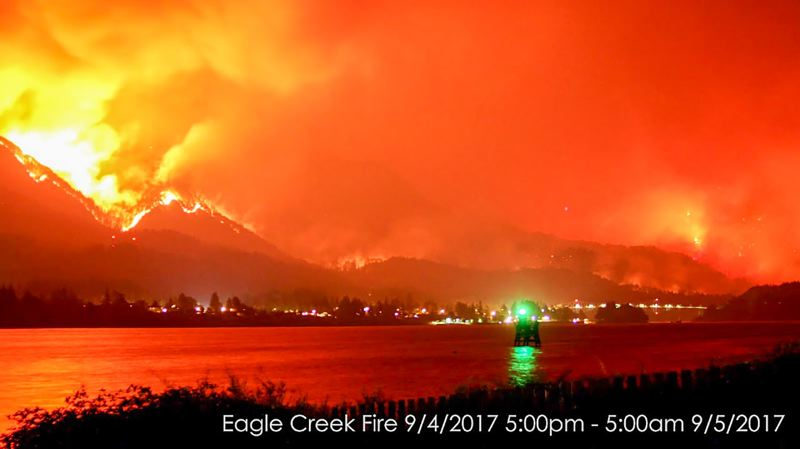 Eagle Creek Fire, 9/4/2017 (Portland Tribune, http://portlandtribune.com/go/42-news/371150-254757-latest-updates-eagle-creek-fire-scorches-columbia-river-gorge-