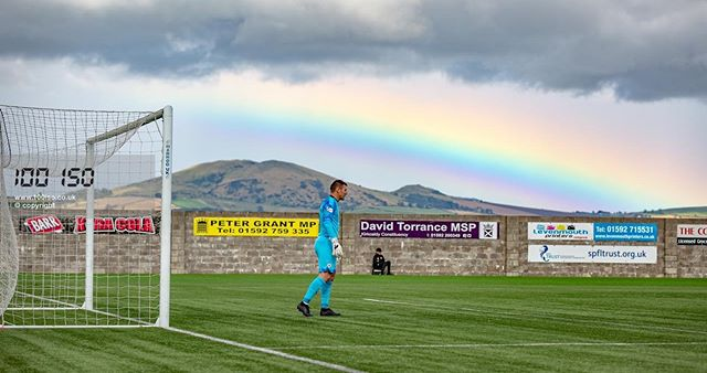 It went all #WizardOfOz at #BayviewStadium yesterday as I photographed the Fife derby between #EastFife v #RaithRovers. . #scottishfootball #soccer #football #sportsphotography #canon #photography #weather #visitscotland