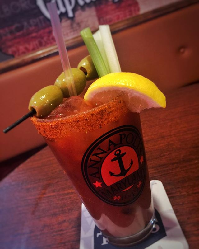 ✨Come get your drink on with our 2 for 1 bloody mary/mimosa special til 1pm! Start your NYE weekend out right! ✨