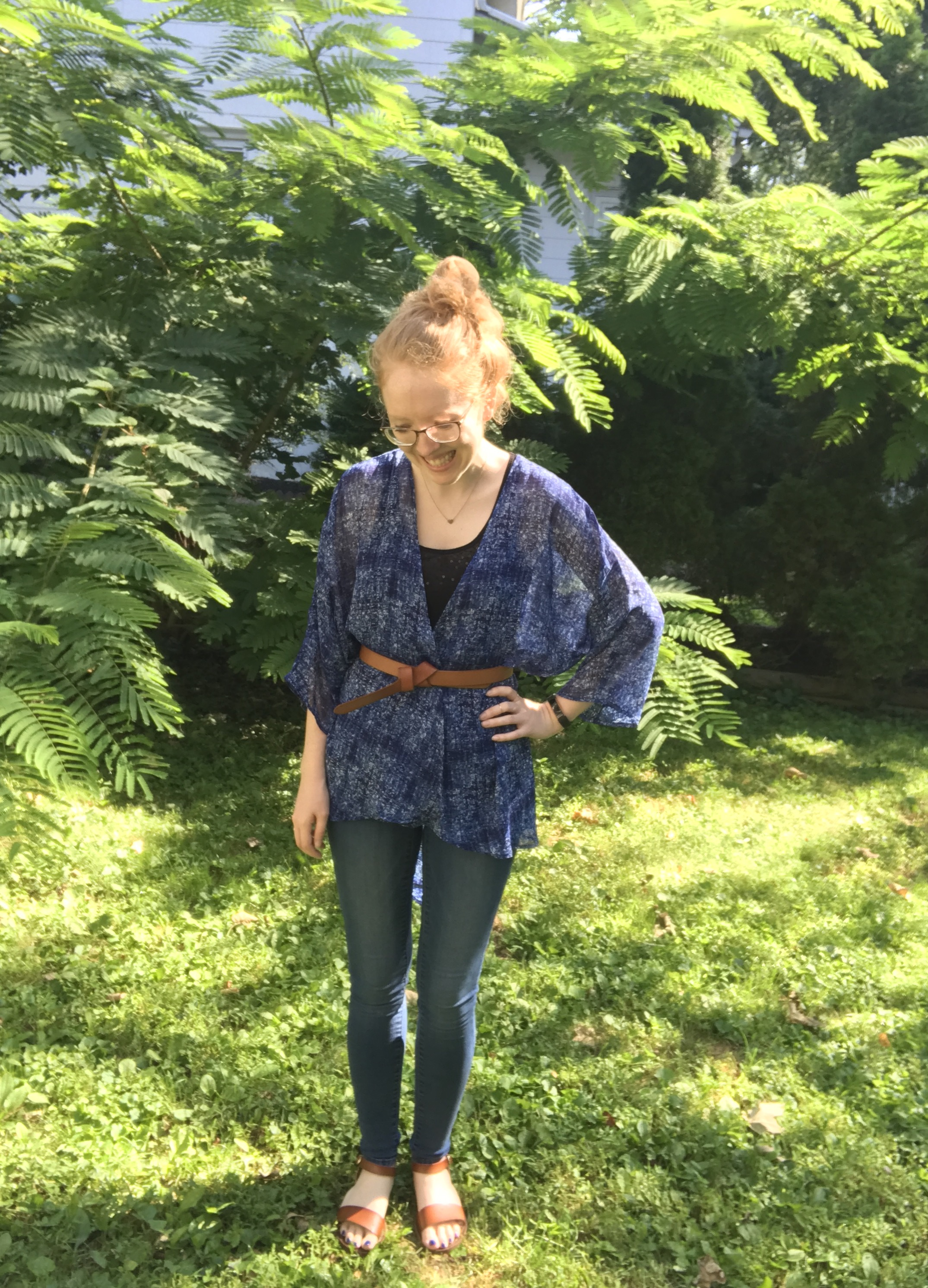 Lindsay kimono:  LulaRoe by Dre Lydon  (2017) | Tank: Gap (thrifted 2011) | Jeans: Gap (2014) | Sandals:  Target  (2017) | Belt: Loft (2014) | Necklace: Stella & Dot (Poshmark 2017)