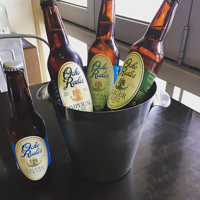 Here at Mojo Mama we are going loco about our new menu! We now offer a bucket of 4 Ocho Reales Mexican Beer for only $20! All of these beers are also Gluten Free! Available for lunch between 12-2pm mon-fri and all dinner from 5:30pm mon-sat! . . . . #mexican #mexicanfood #mojo #mojomama #loco #newmenu #geelong #centralgeelong #lovecentralgeelong #bucketbeers #mexicanbeer #beer @ochoreales