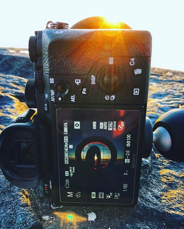 The Ring shot. Swipe ➡️ . . . #lakenipissing #ig_northbay #moorings #frozenlake #ig_mirrorless #earthpix #naturephoto #sunsetsofcanada #artofvisuals #watchthisinstagood #landscape_captures #awesome_earthpix #natureaddict #rsa_rural #awesomeearth #nature_wizards #ourplanetdaily #ig_photostars #instanaturelover  #explorecanada #canadaswonderland #igerscanada #gf_canada #sonyimages  #sonyalphasclub #sunset_madness #sonya7rii #rokinon14mm @rokinon @sonyimages @sunsetsofcanada @sunset_vision @canadawonderful