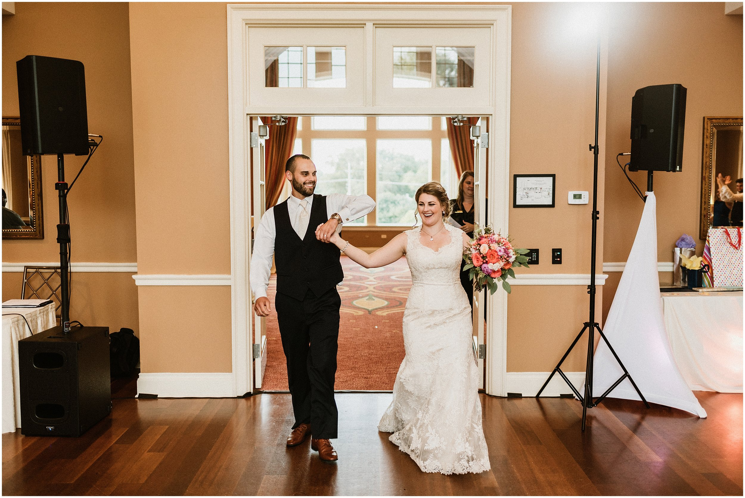 Jenny and Mike | Classic Summer Wedding | Arrowhead Golf Course | Wheaton, IL | Naperville Wedding Photographer
