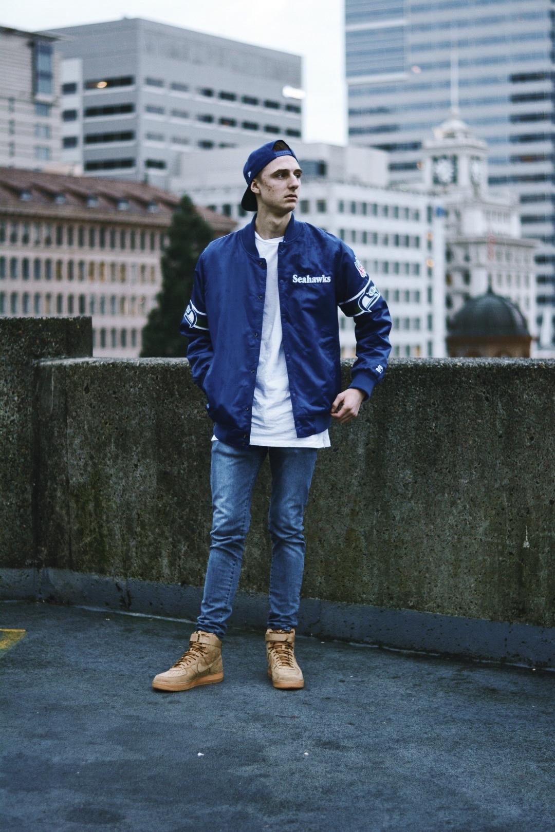 Hello I'm Daniel Valko - The blogger behind