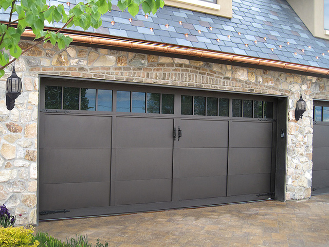 garage door brown.jpg