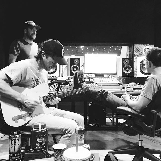 Studio vibes with some of my favorite people to make music with. 📷 @mdjeffery. 🎸 @keithwhjeffery. 🥃 @coreybritz.  #guitarstillexists #makingrecords