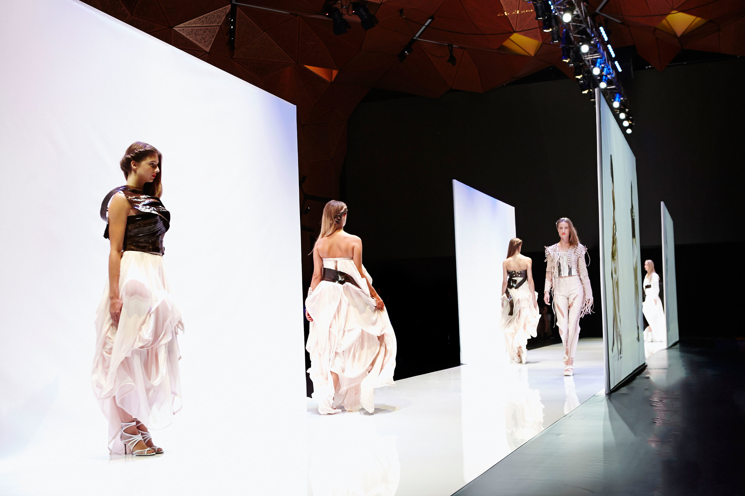 UTS-Fashion-Show-2014-Boris-Bresil-07.jpg