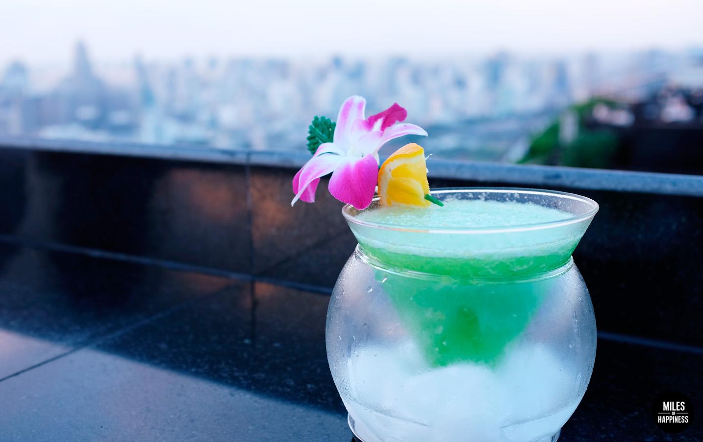BanyanTreeHotel_MoonBar_Drink.jpg