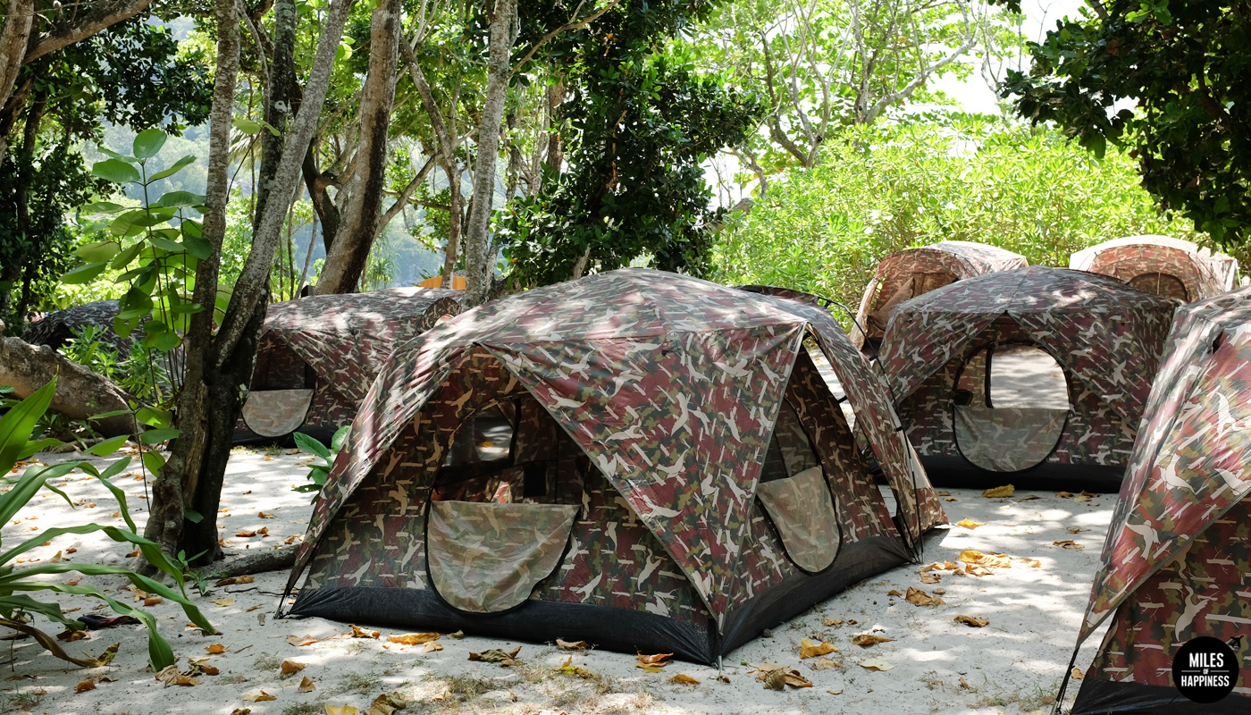We stayed in : Island n°8, in a tent We loved it for: The privilege of being (almost) alone in one of Thailand's most beautiful islands, the friendly staff on the boat