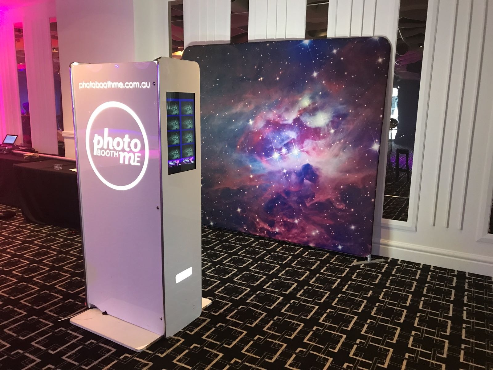 HD Naked Booth