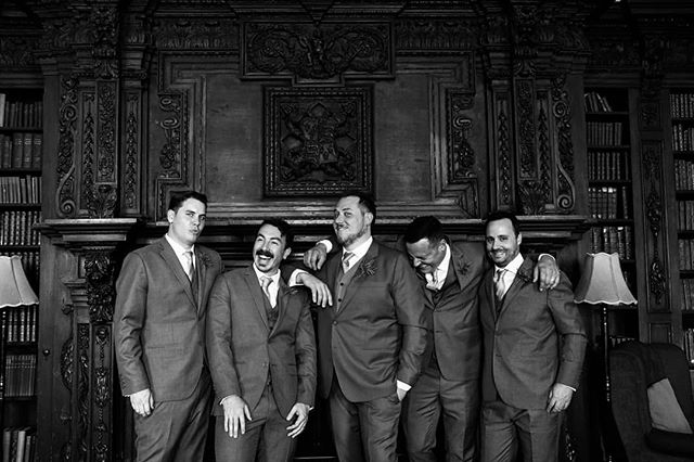 Wedding Wednesday: Lest we forget the wedding is not just about the bride, but the groom and his merry band of men. Jimmy and his Anglo/Aussie crew taking 5... . . . . #weddingday#bestman#groomsmen#groom#justmarried#groominspiration#weddingportrait#taraflorence#taraflorencephotography#aussiesofinstagram#englishwedding