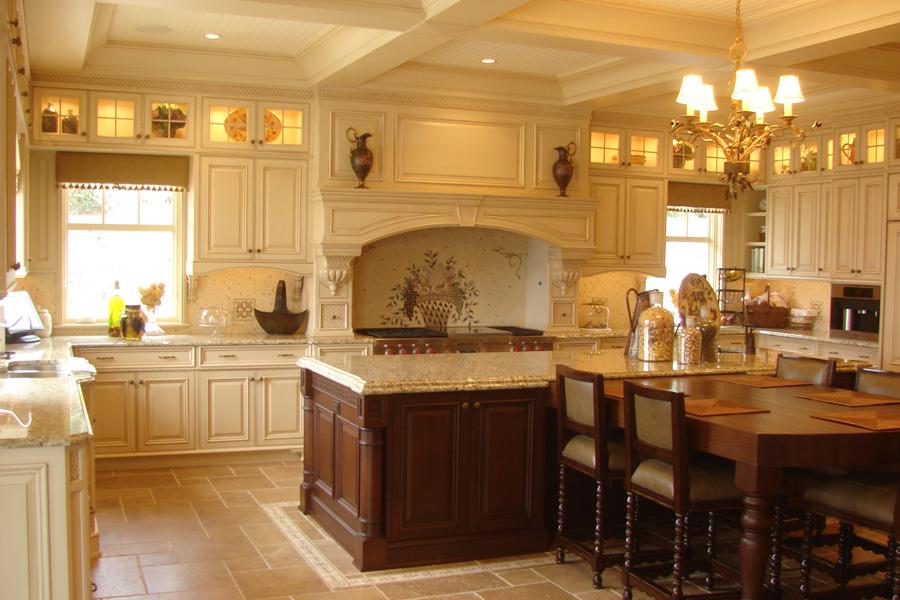 cove-neck-custom-kitchen.jpg