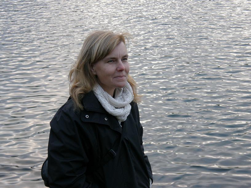 Tina Ehn Riksdagsledamot för miljöpartiet de gröna, från Bohuslän. Med stort intresse för slöjd och hållbarhet.