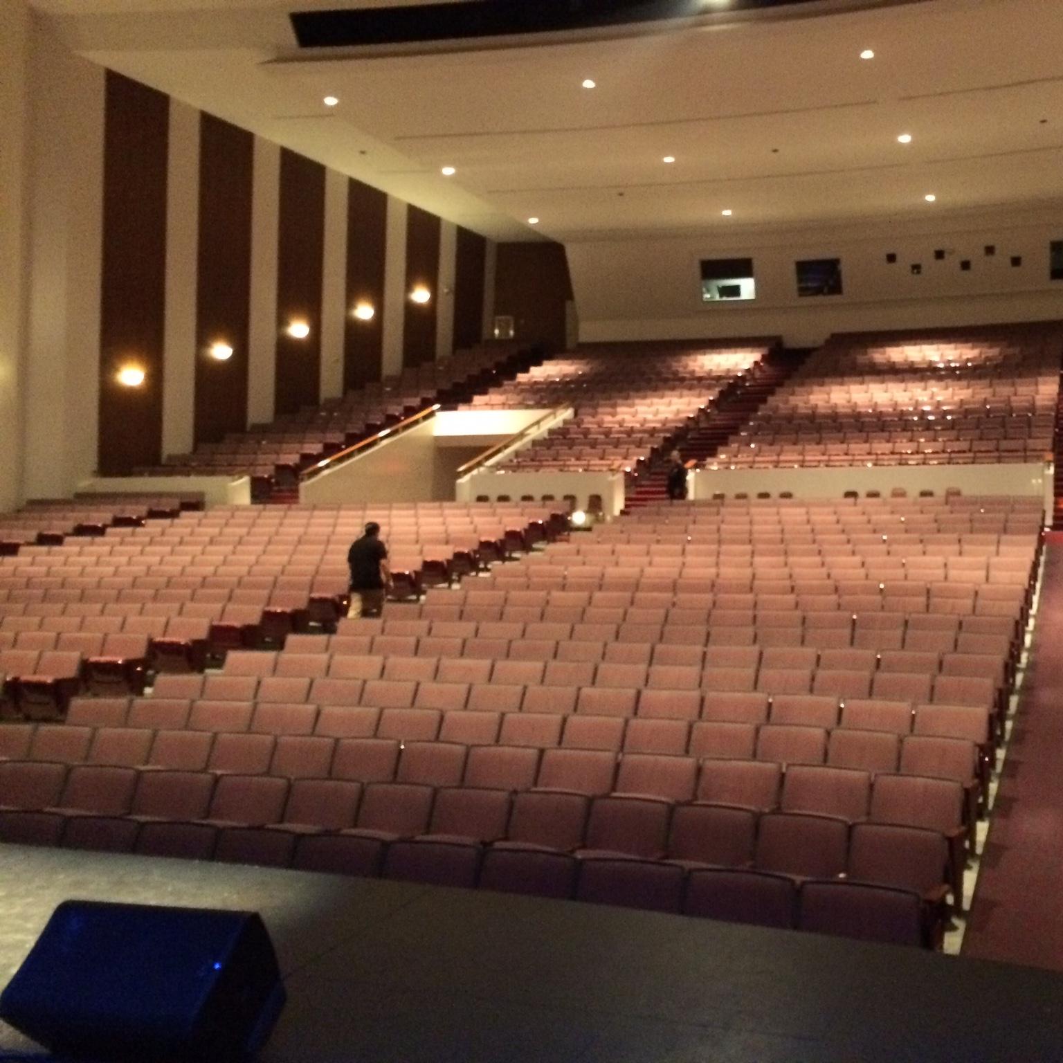 Oxnard Performing Arts Center