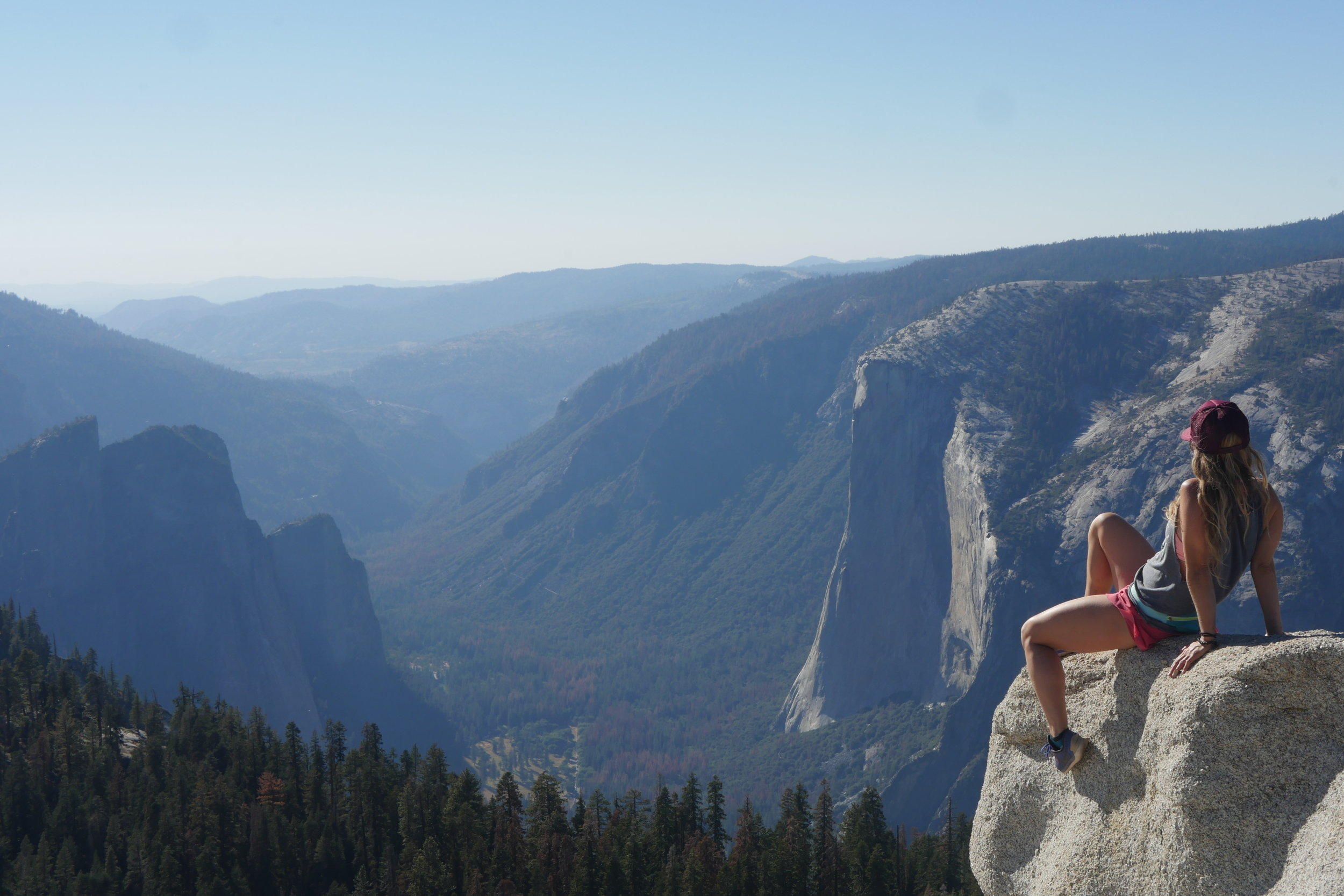 From Sentinel Dome you get a stunning view of El Capitan