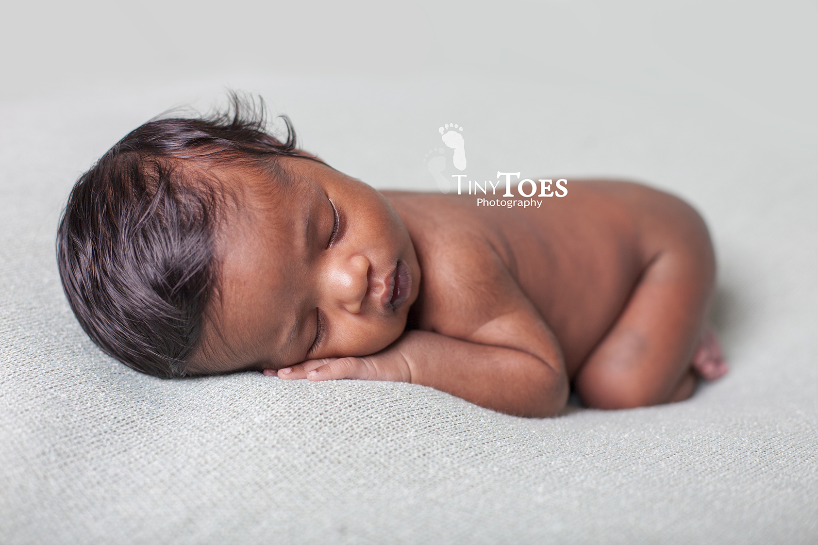 Tiny Toes Photography | Nassau, Bahamas Newborn Photographer