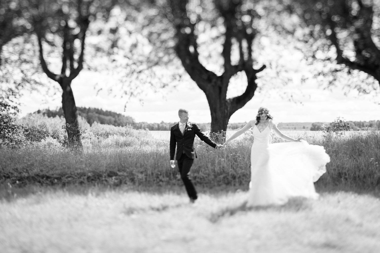 048-sweden-mälsåker-mariefred-wedding-photographer-videographer.jpg