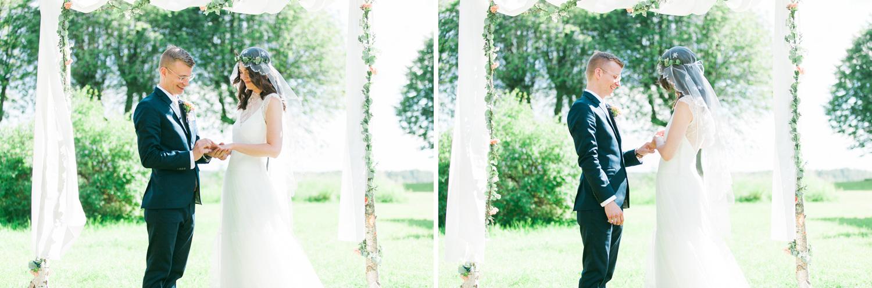 077-sweden-mälsåker-mariefred-wedding-photographer-videographer.jpg