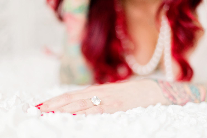 020-sweden-sverige-boudoir-morgongåva-wedding-photographer.jpg