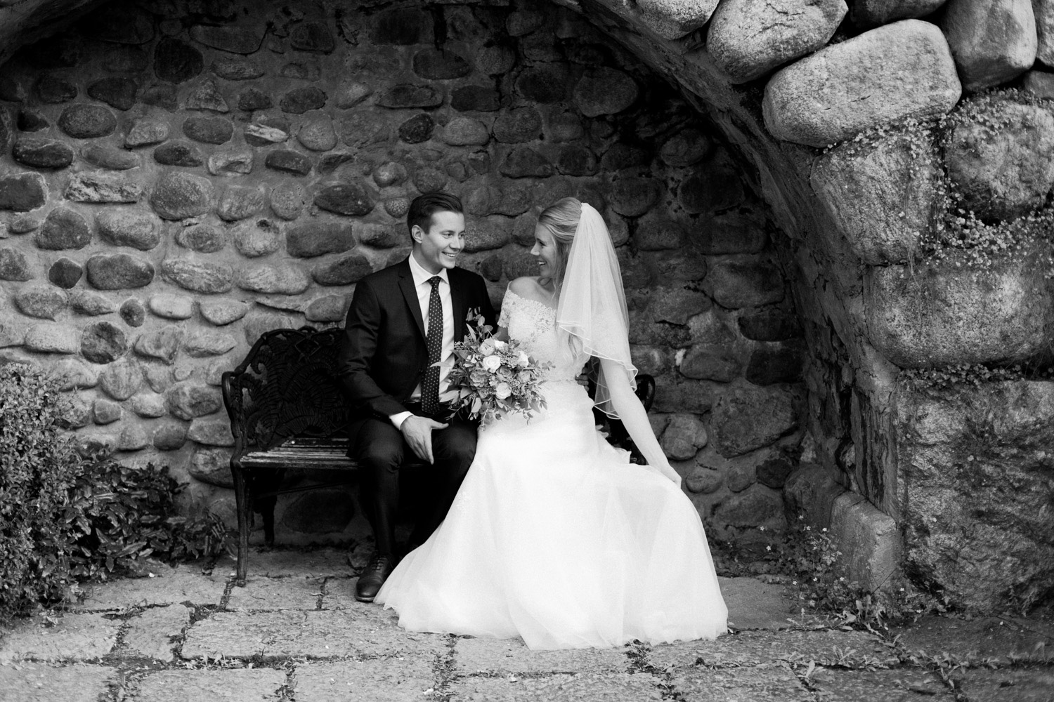 026-sweden-vidbynäs-wedding-photographer-bröllopsfotograf.jpg