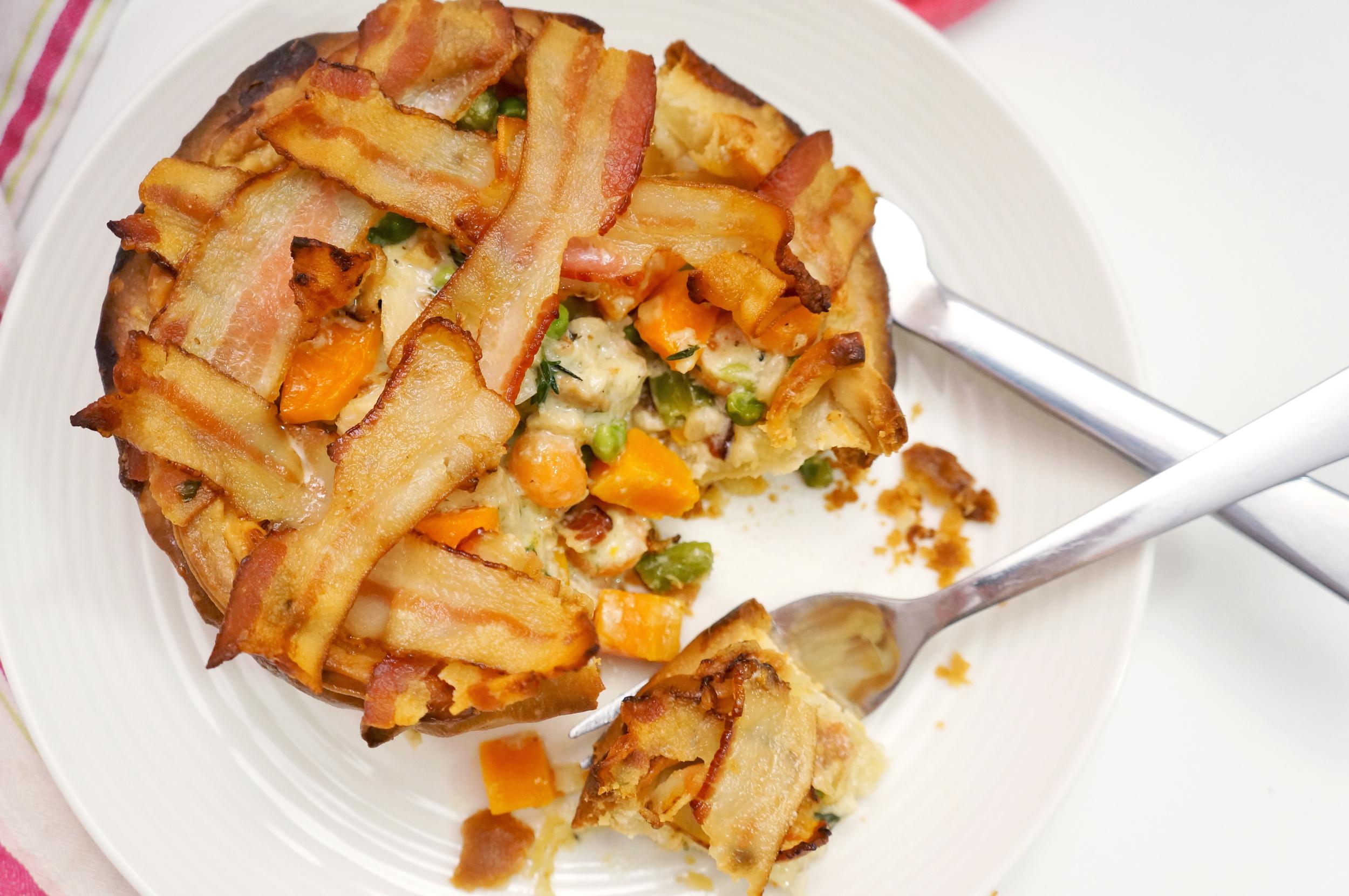 thegirlcaneat-chicken-pot-pie-bacon-lattice-crust-3