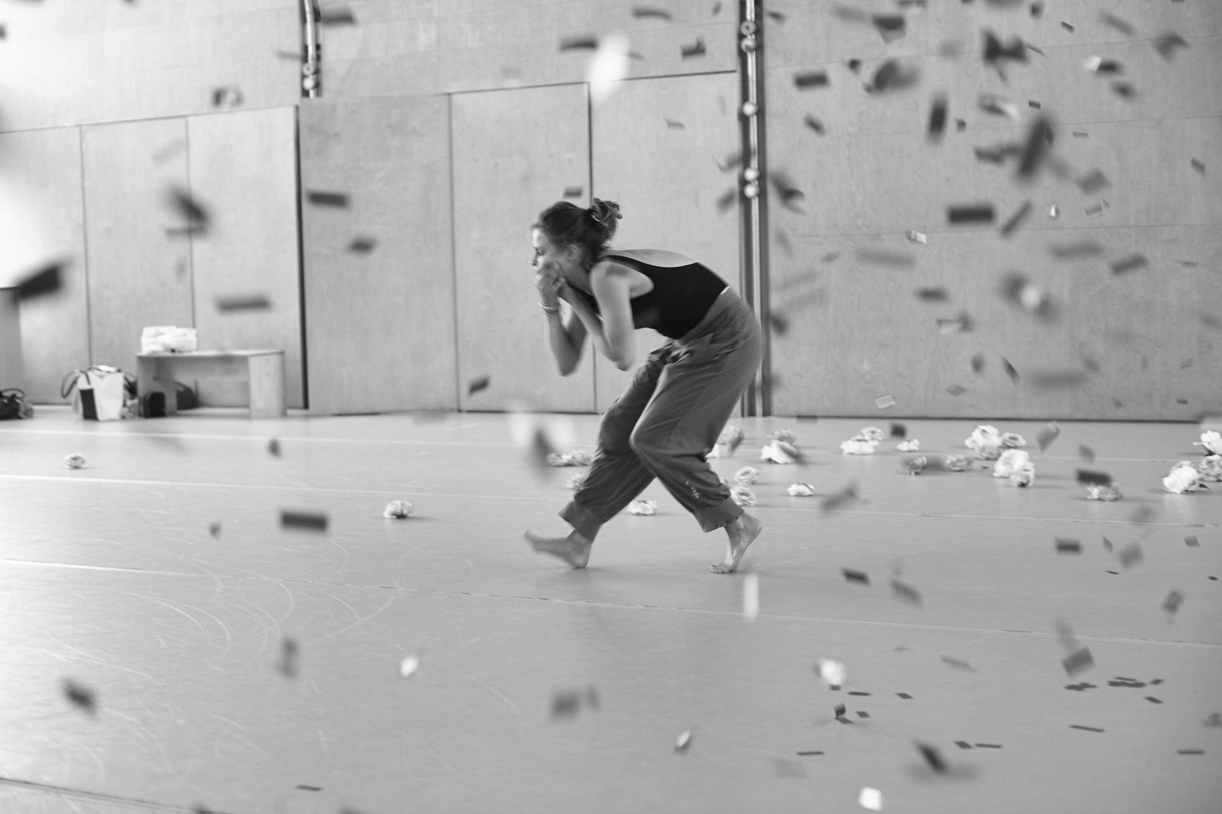 Dancer - Clemmie Sveaas. Photo by  Elaine Perks .