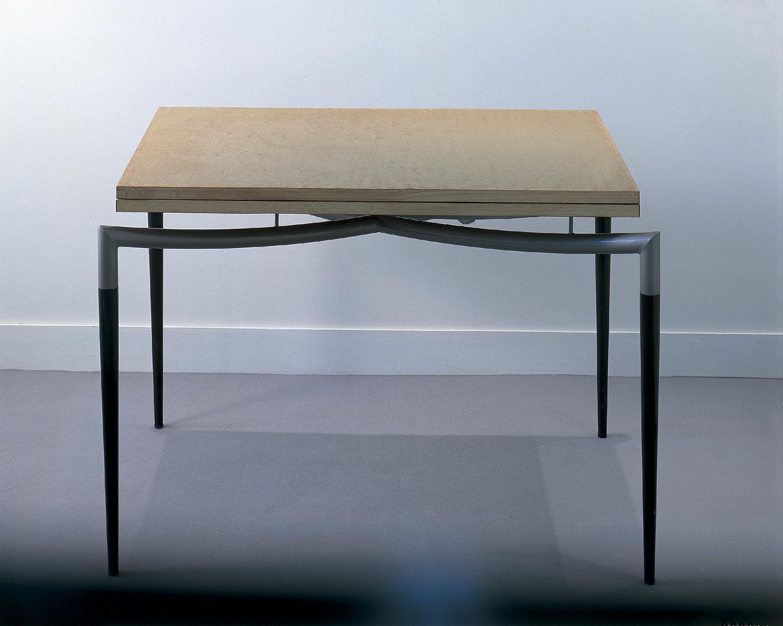 126 - Table porte-feuille.jpg