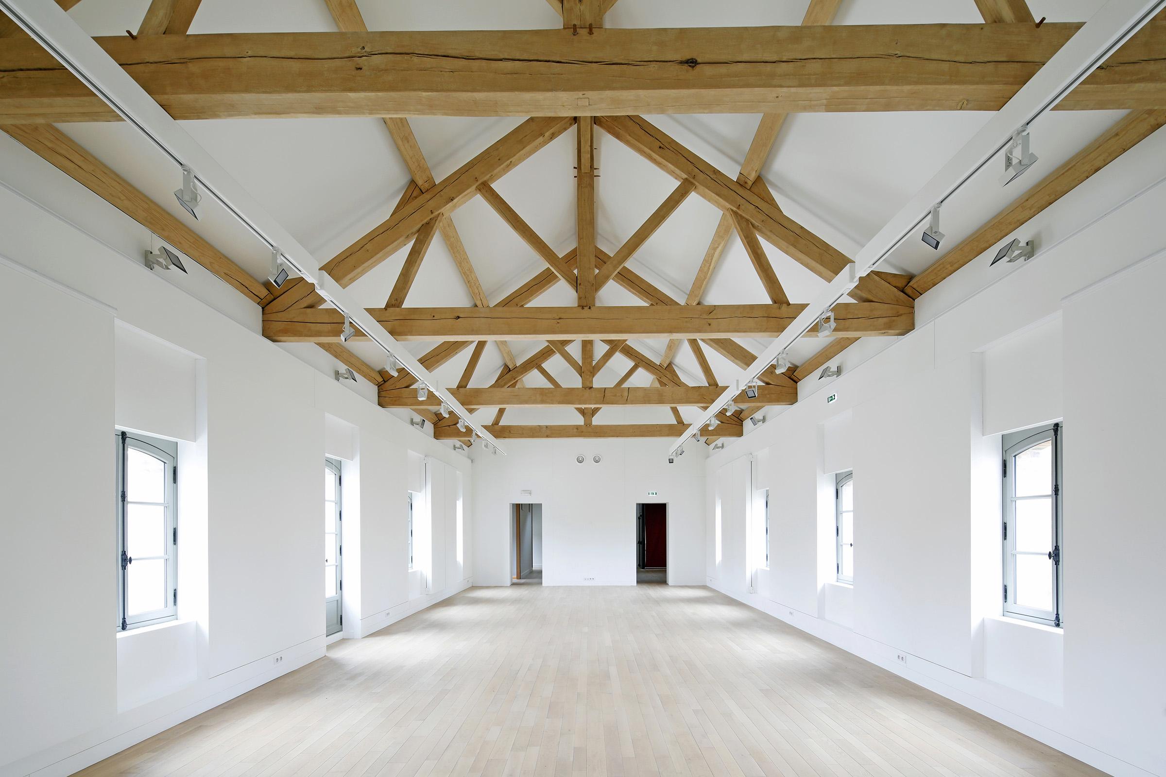 Amilly - La Maison Saint Loup - Interieur - Sylvain Dubuisson 032.jpg