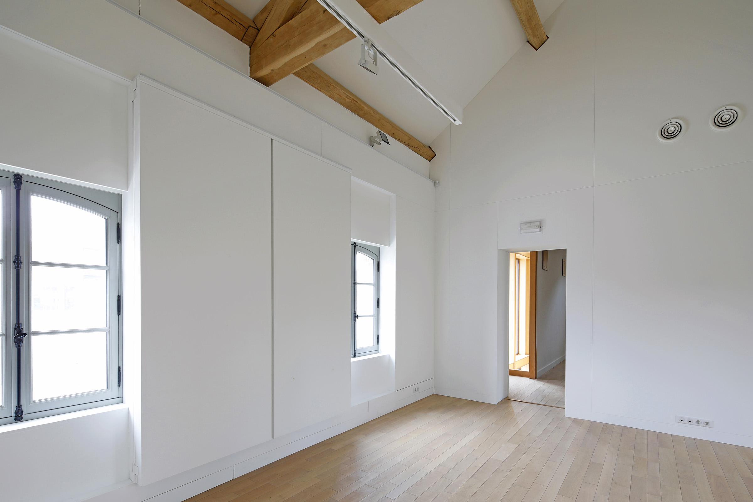 Amilly - La Maison Saint Loup - Interieur - Sylvain Dubuisson 038.jpg