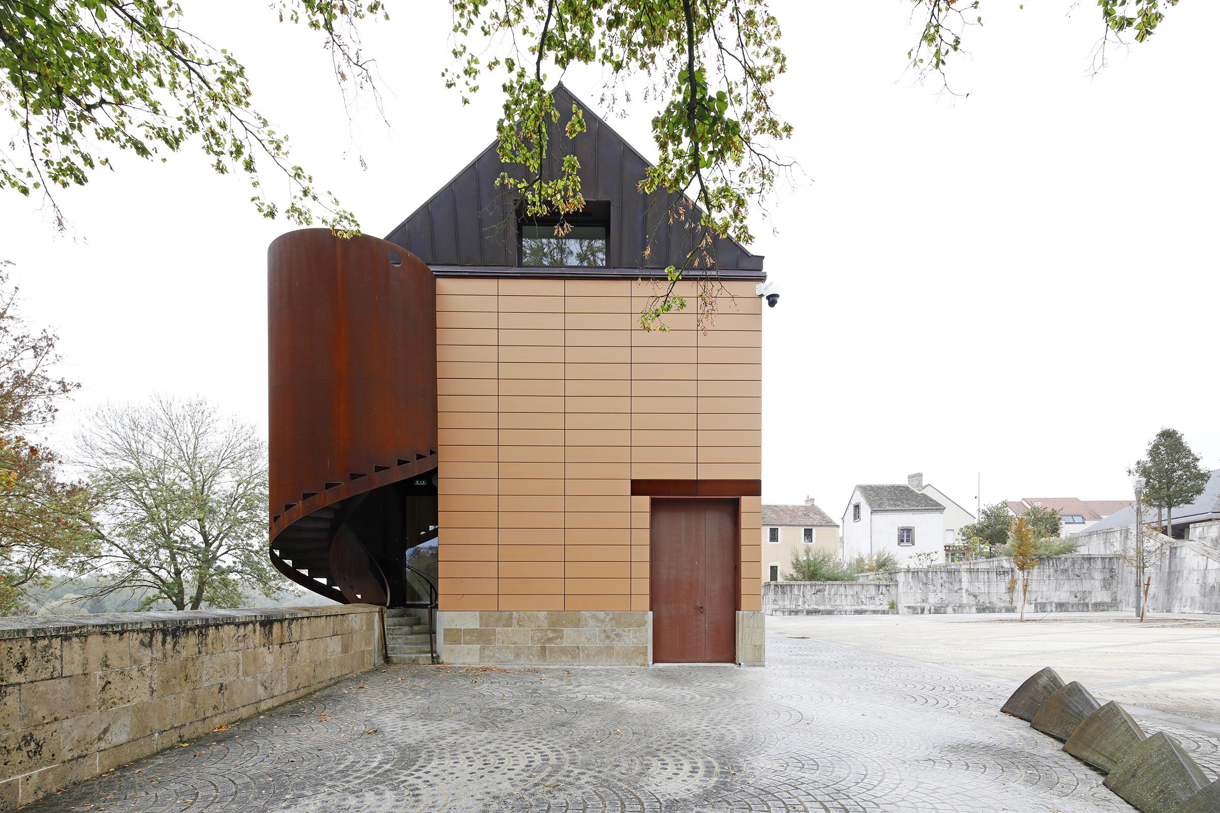 Amilly - La Maison Saint Loup - Sylvain Dubuisson 012.jpg