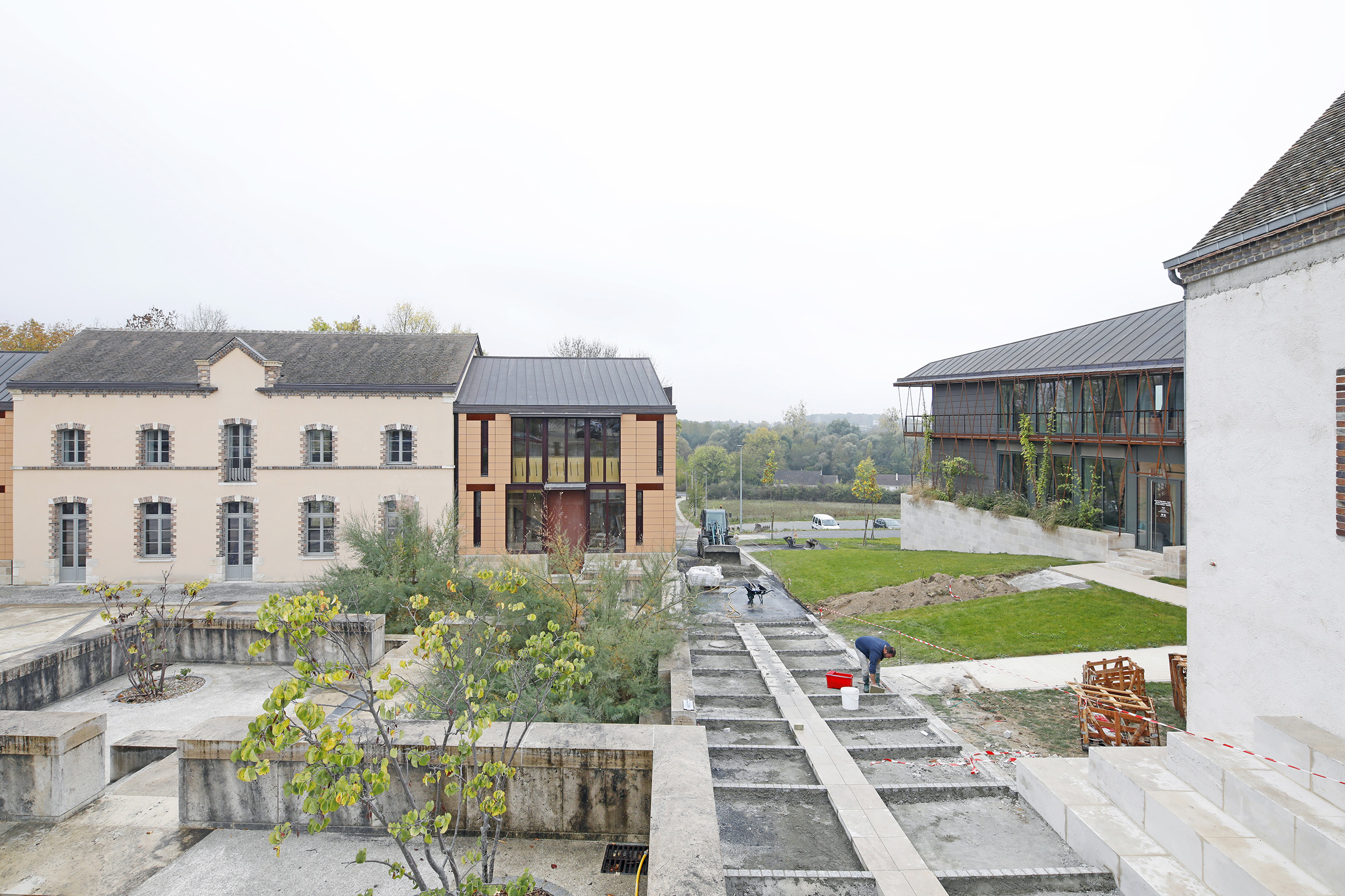 Amilly - La Maison Saint Loup - Sylvain Dubuisson 001.jpg