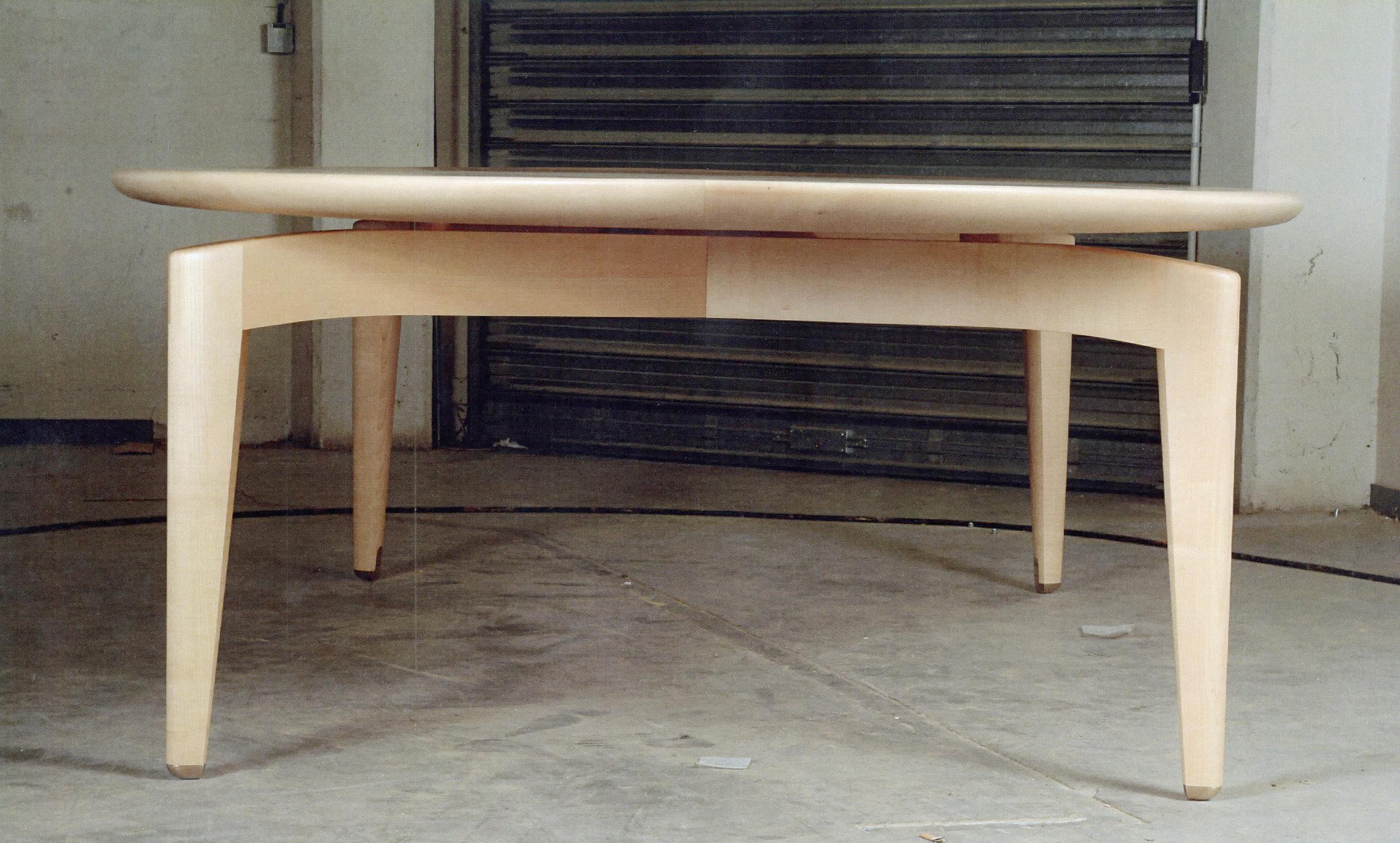 99881-16 EC-table RET.jpg