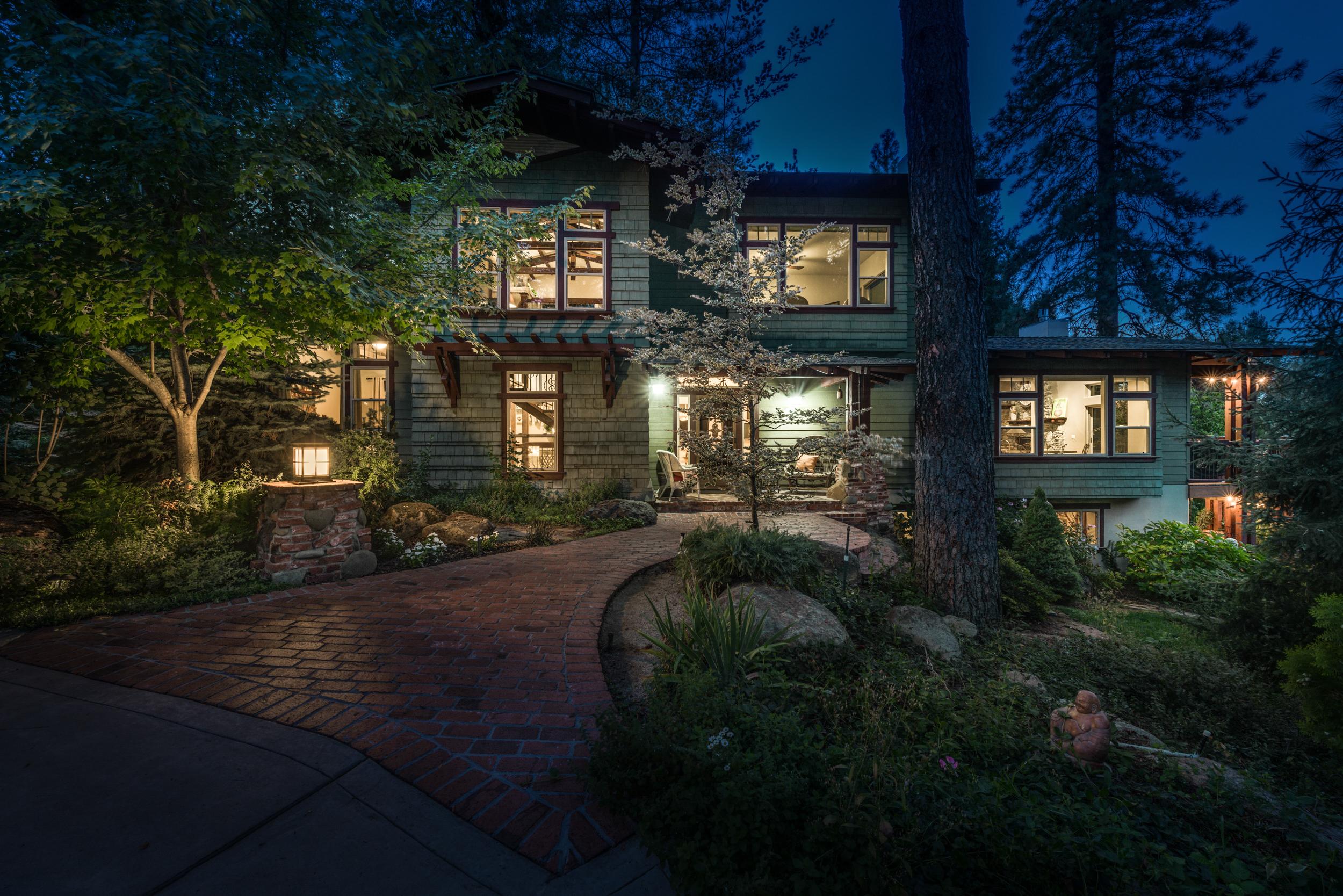 Twilight Real Estate Photography Virtual Tour Sample