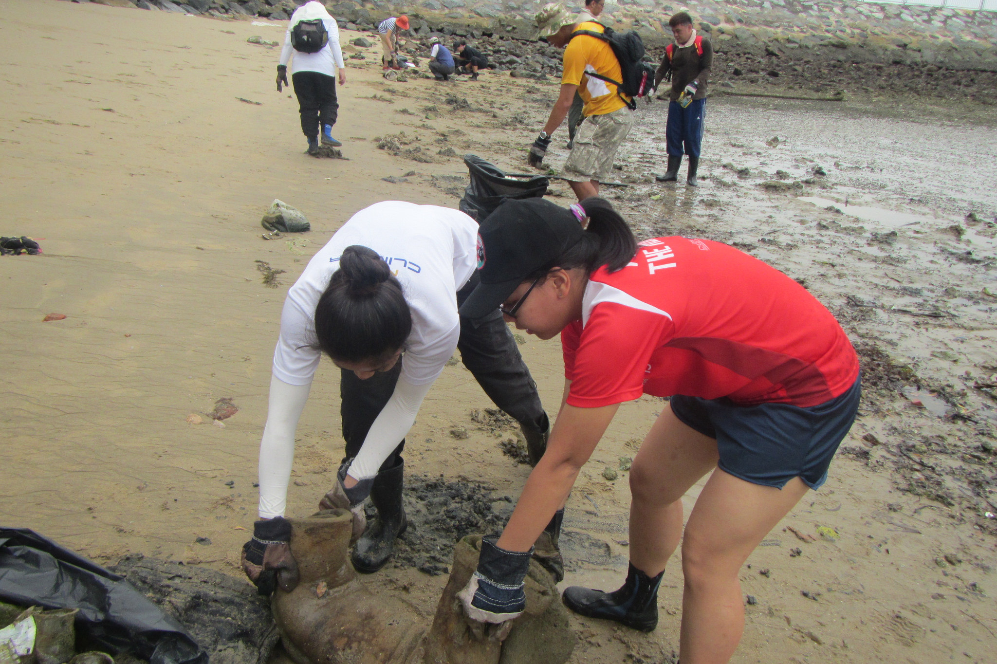 International Coastal Cleanup - 2014 - Tanah Merah Beach - Singapore