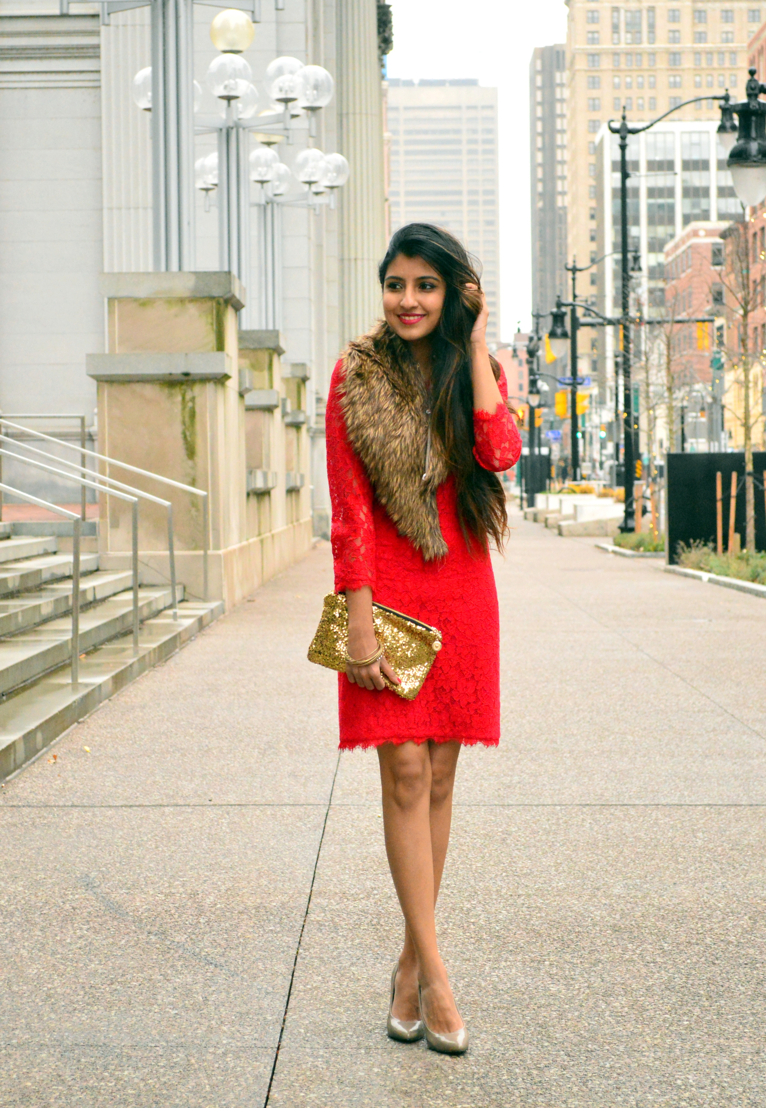 Red lace faux fur christmas outfit 7