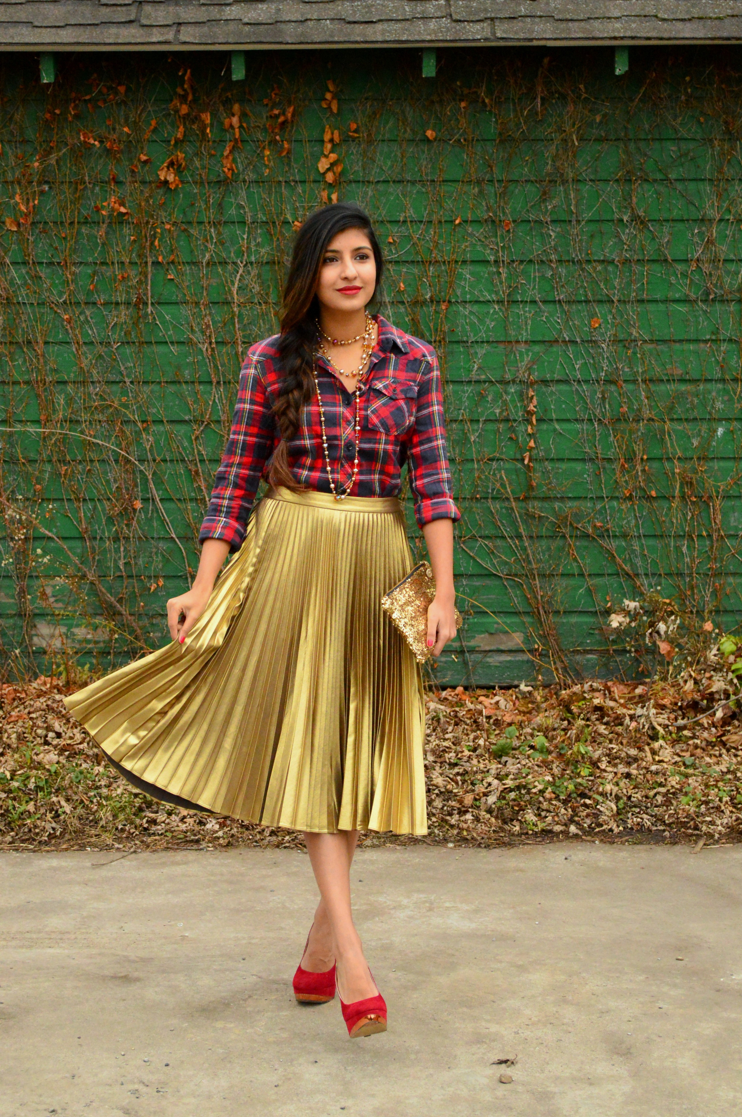 festive flannel and gold pleats 3