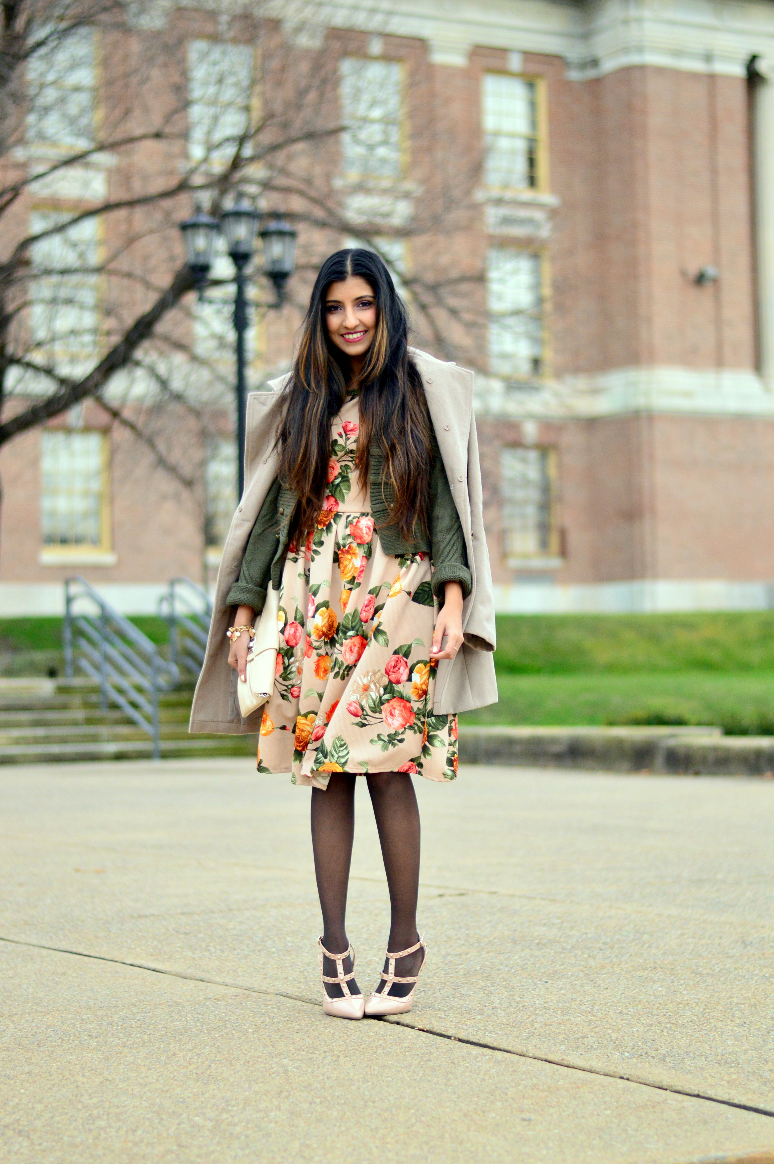 Floral Frock-Holiday Outfit-Hanes Hosiery 7