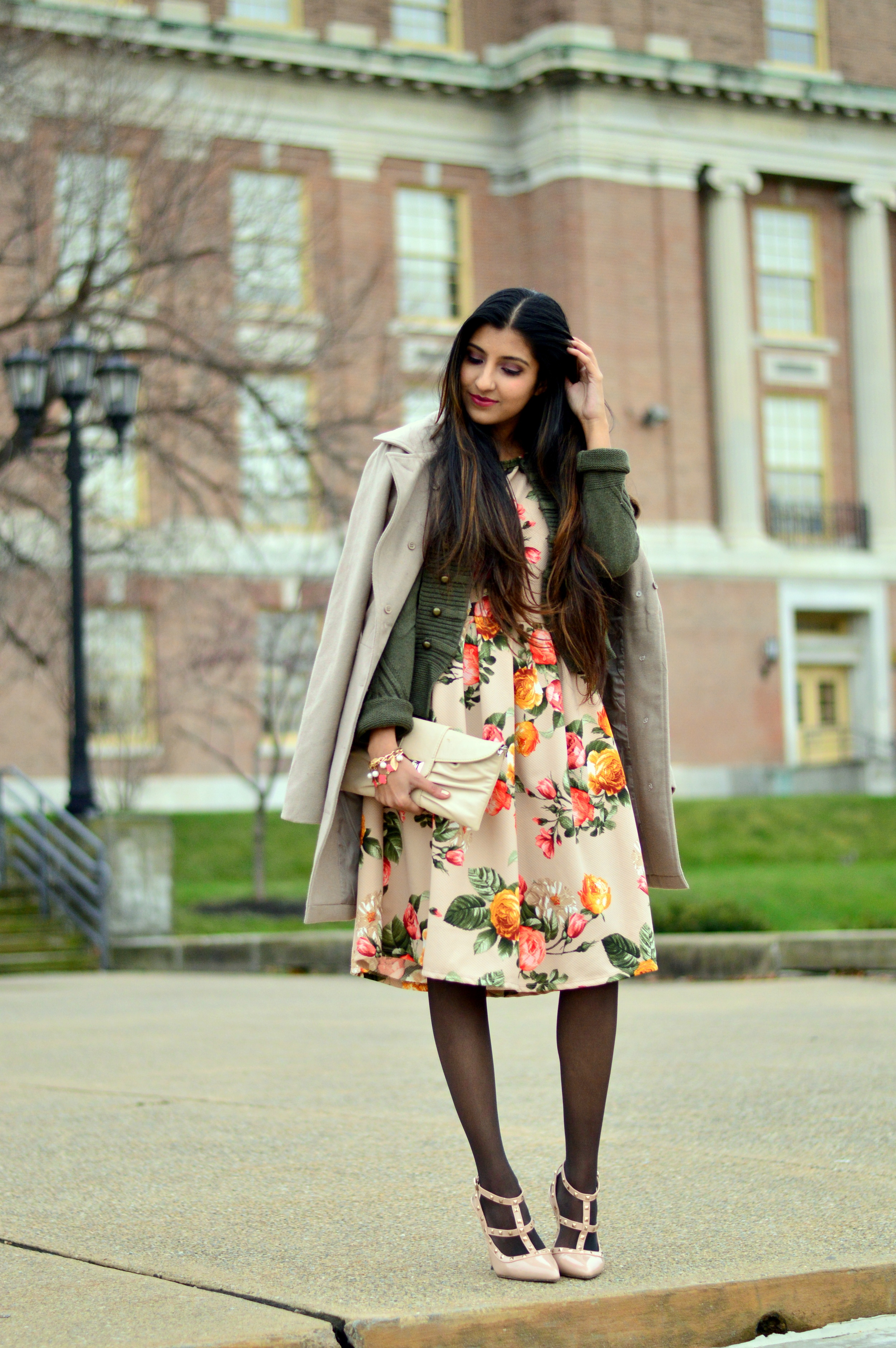 Floral Frock-Holiday Outfit-Hanes Hosiery 8