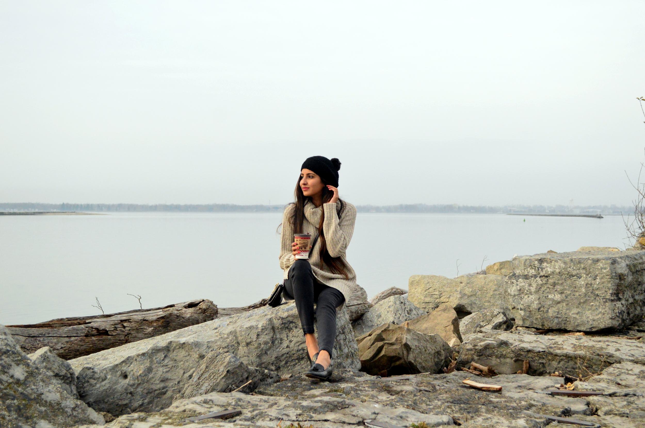turtleneck sweater-casual weekend style-pom beanie 1