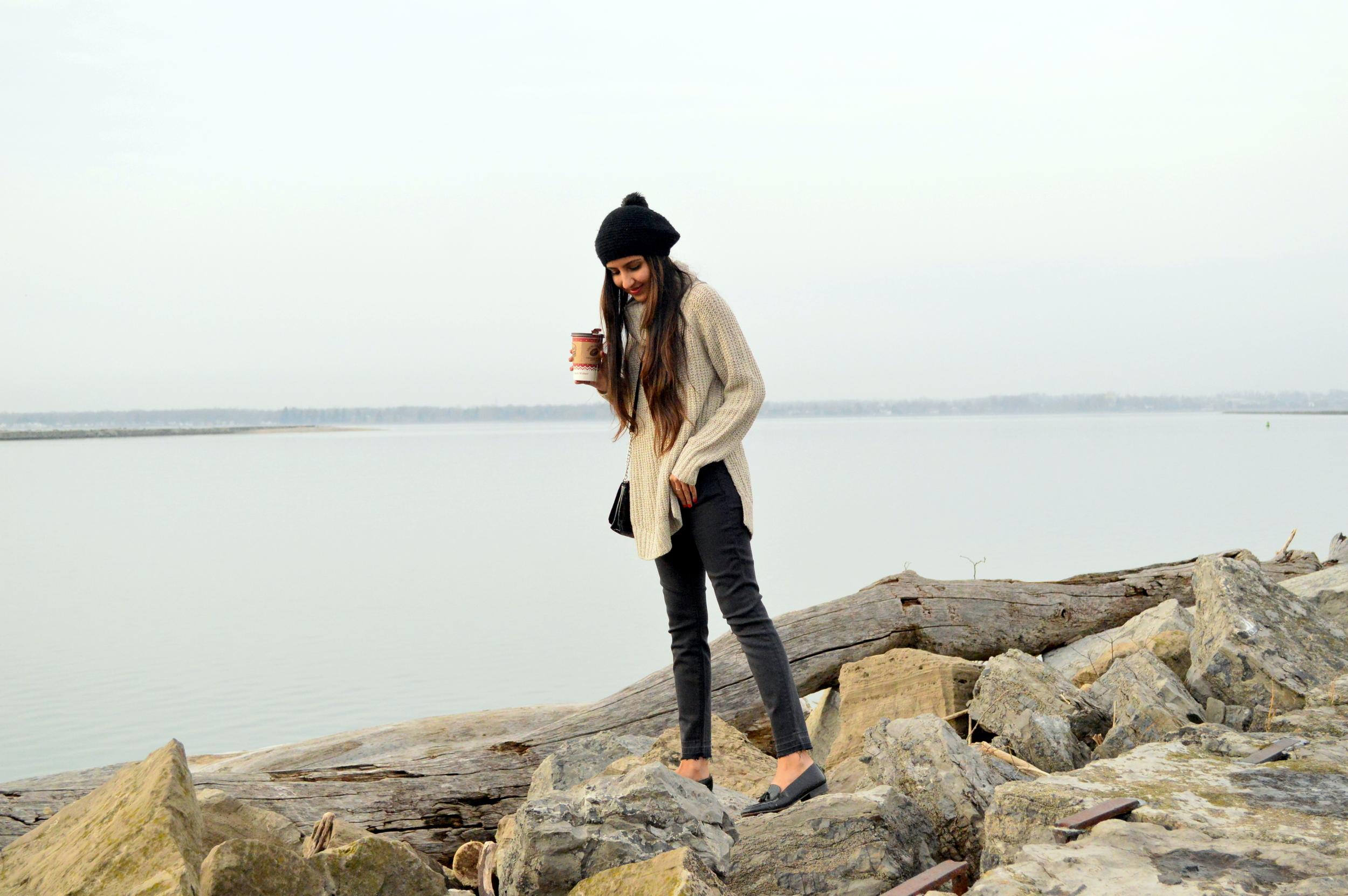 turtleneck sweater-casual weekend style-pom beanie 7