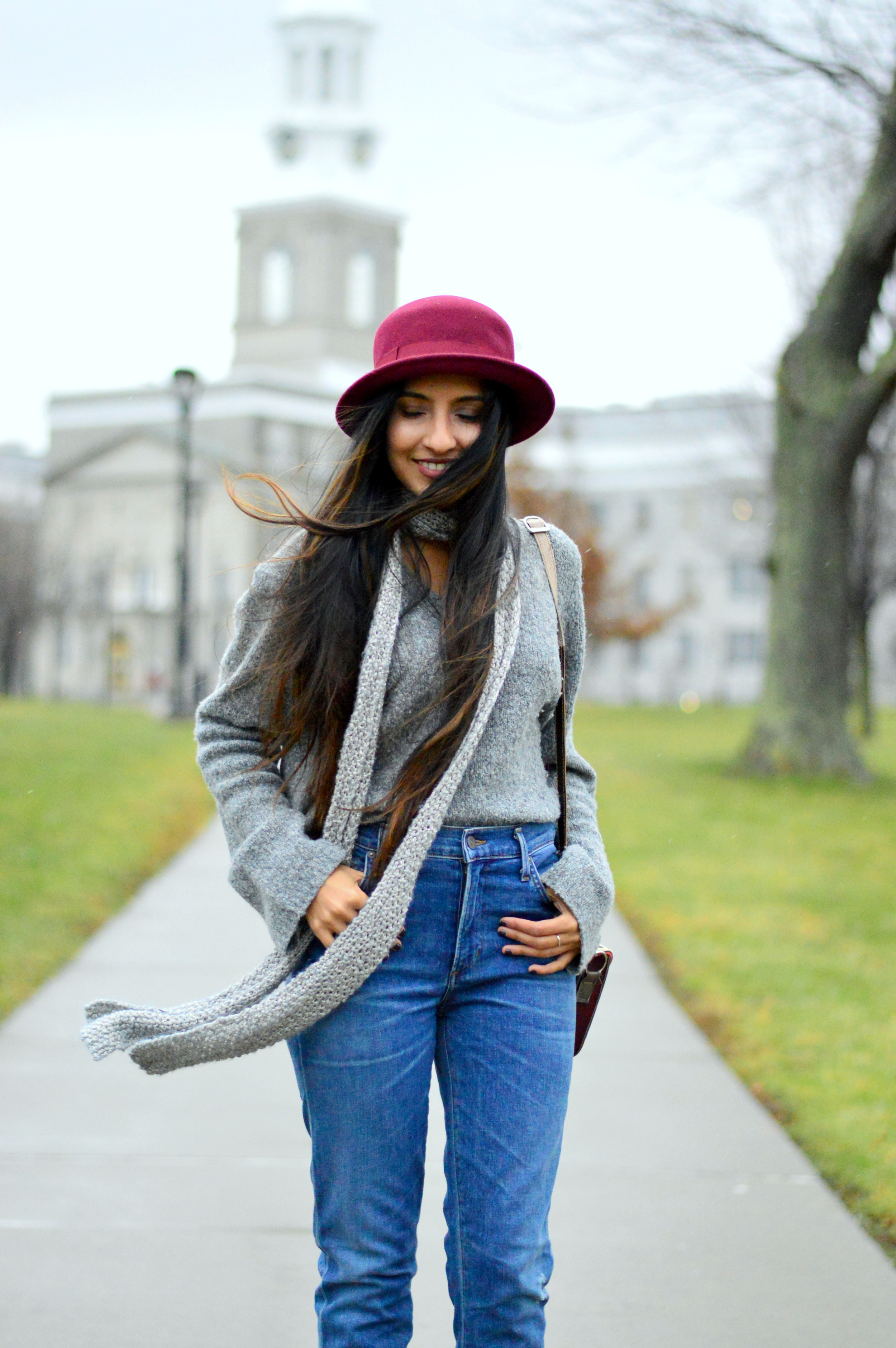 Grey-Skinny Scarf-High waisted jeans- #IFCHIC24 2