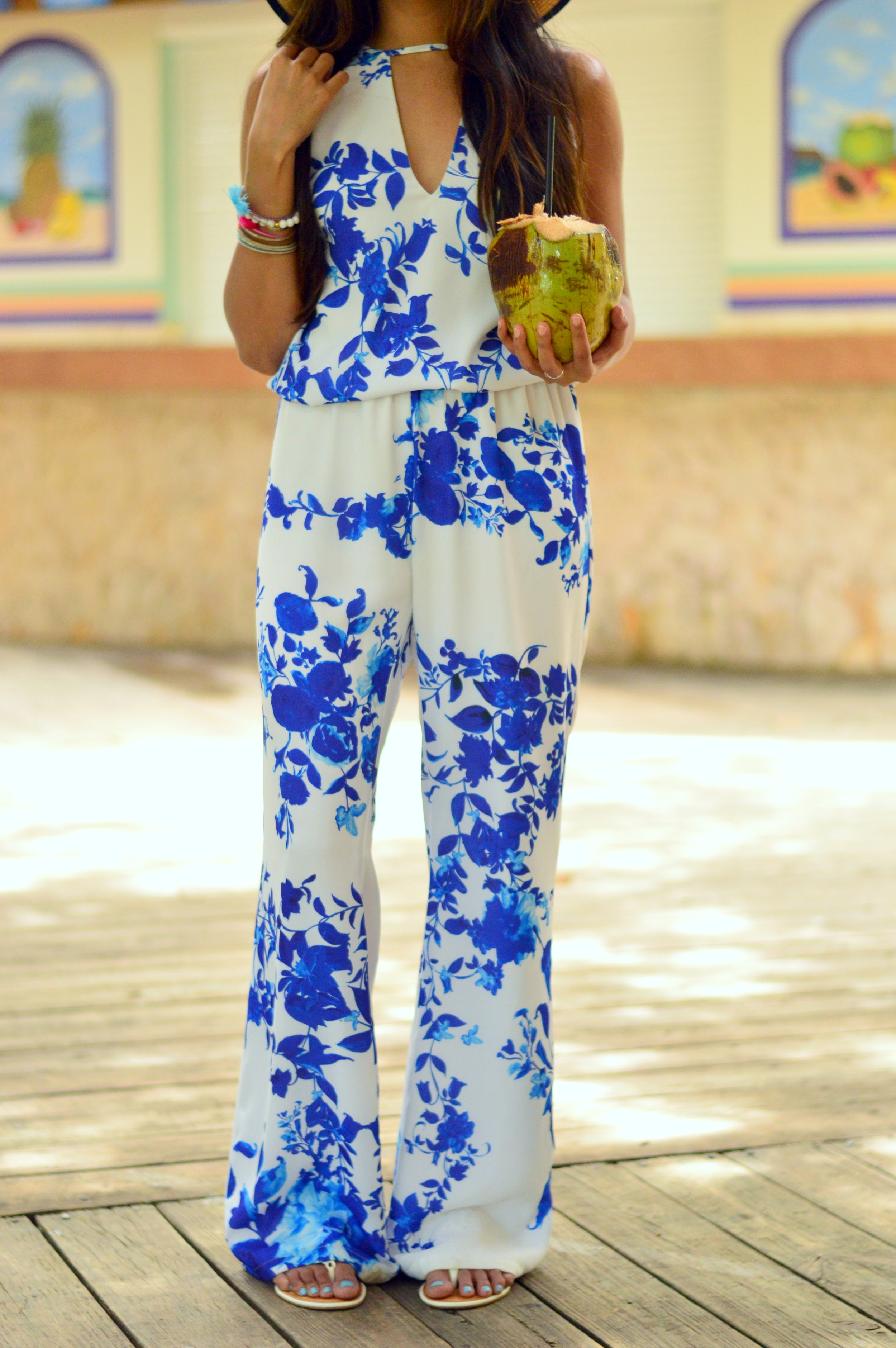 floral-jumpsuit-outfit-blogger-spring-style 2