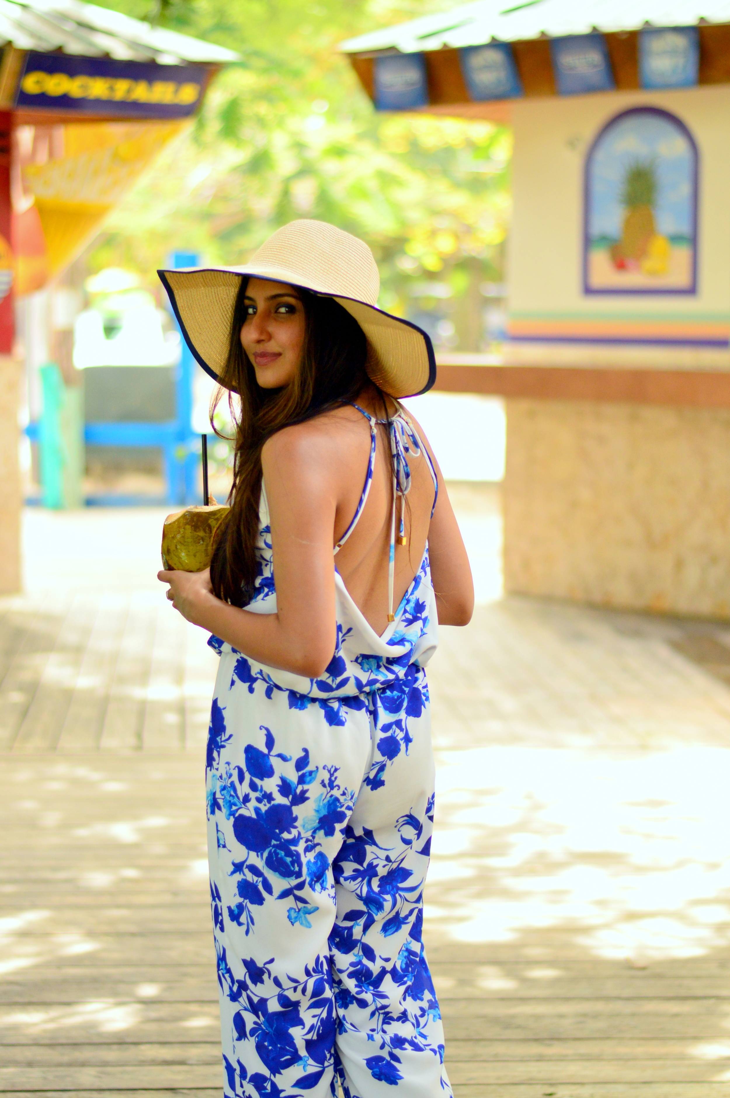 what-to-wear-on-island-vacation-jumpsuit