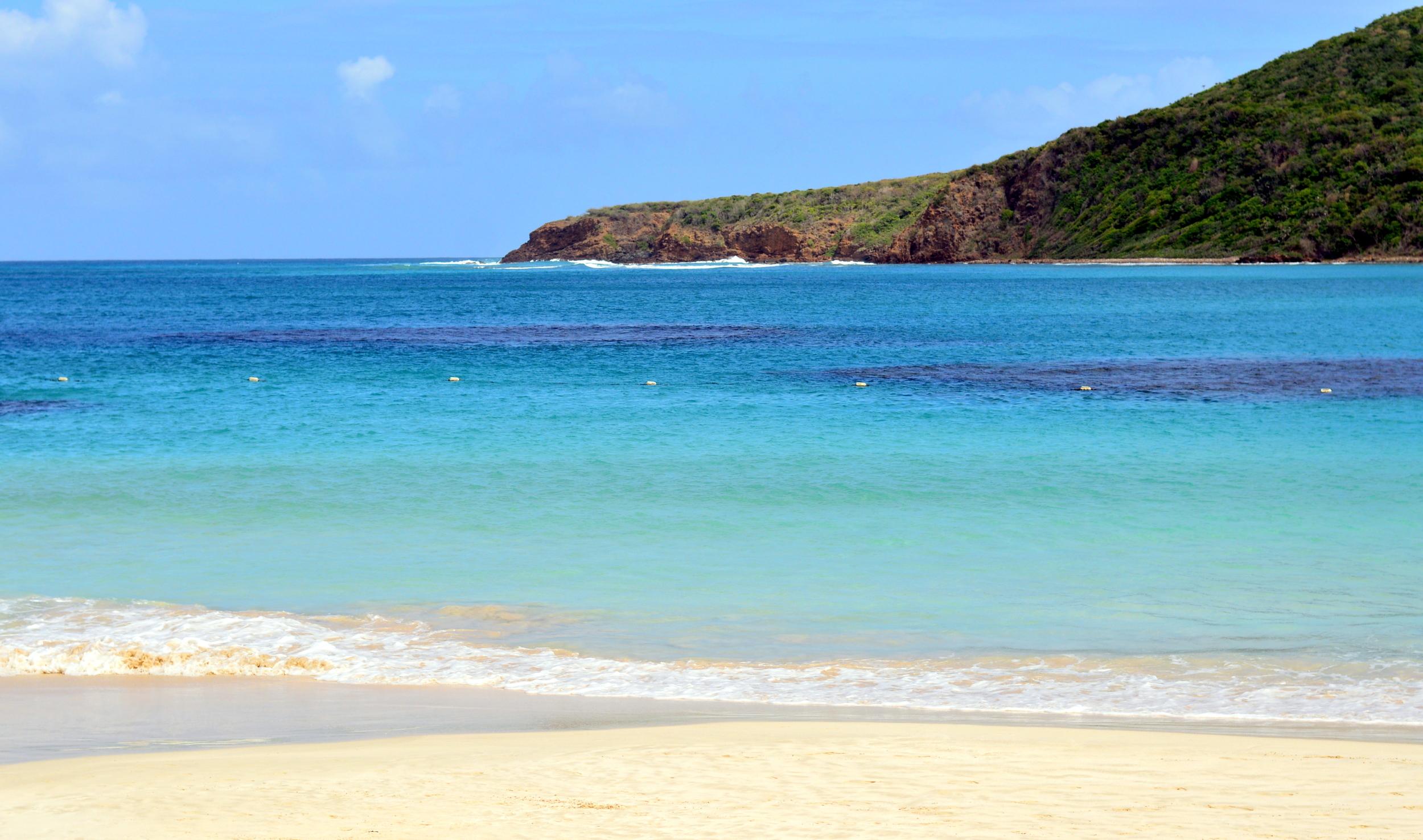 flamenco-beach-culebra-puerto-rico-travel-guide