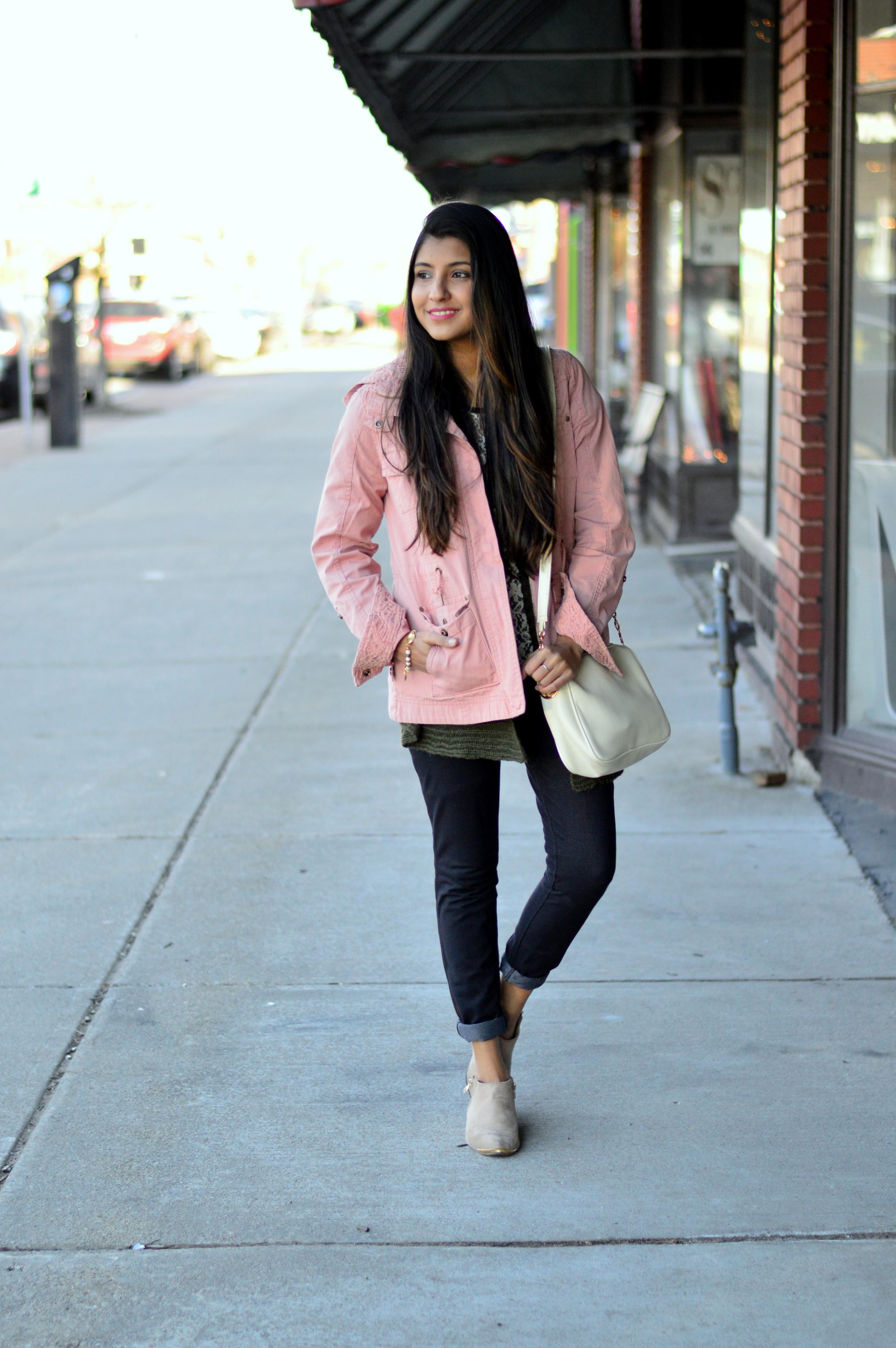pink-utility-jacket-spring-style 1