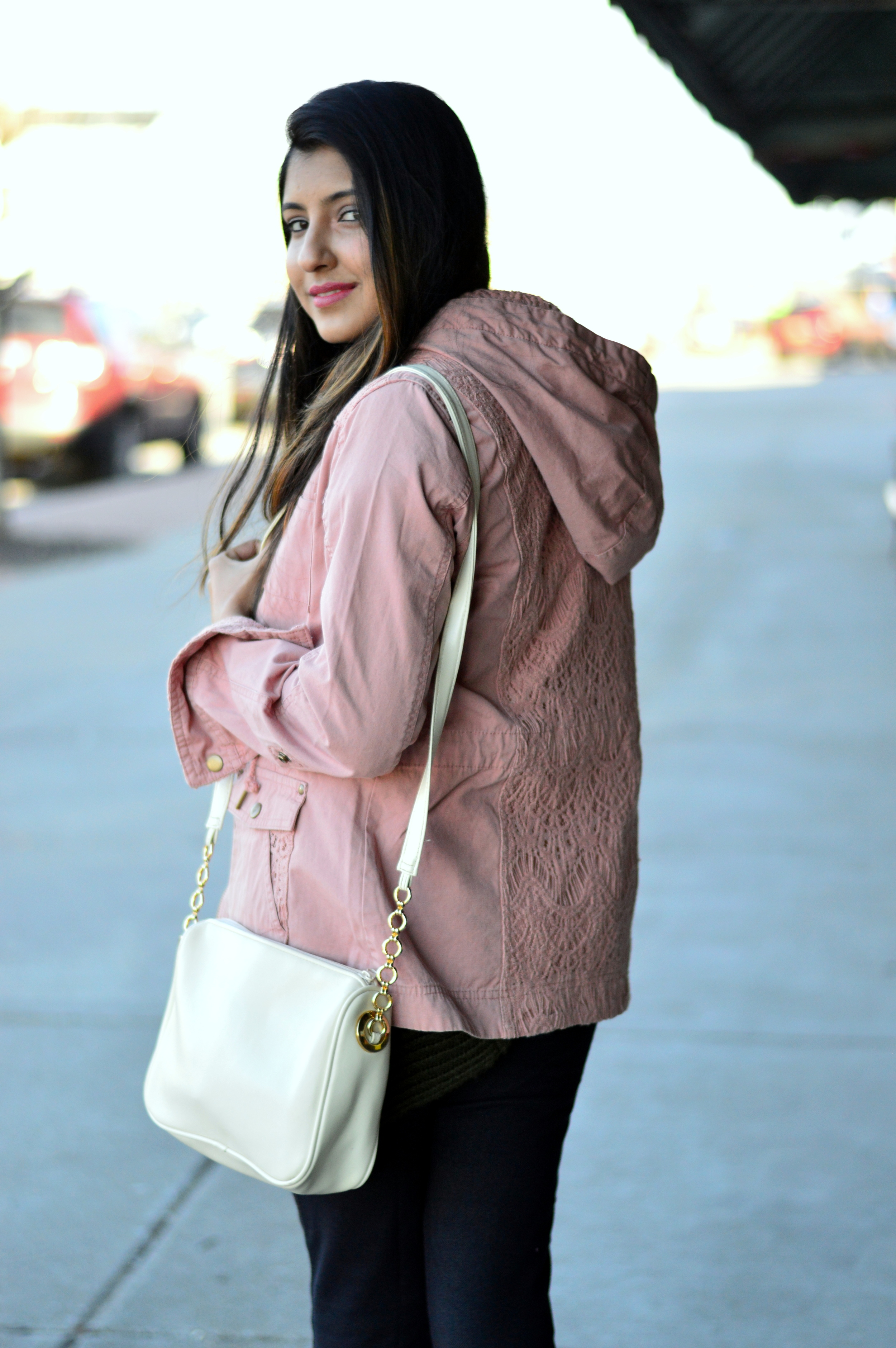 utility-jacket-spring-layers-lace-outfit 7