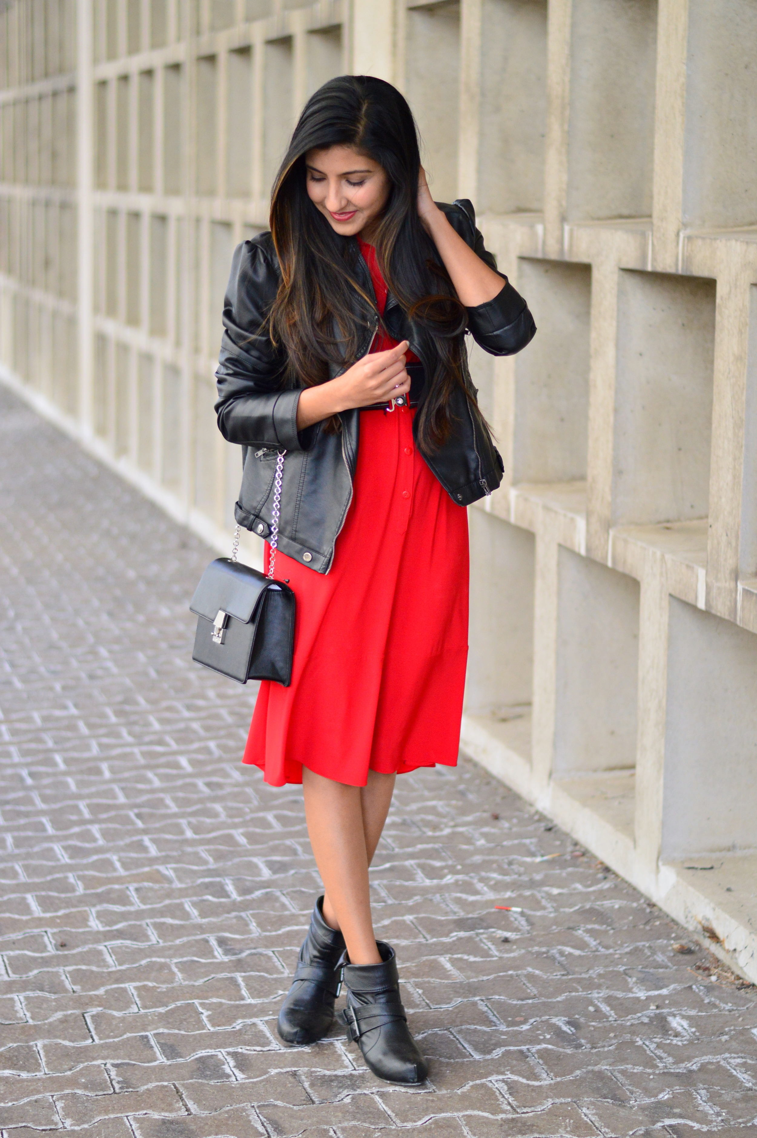 red-midi-shirtdress-spring-style-blogger-outfit