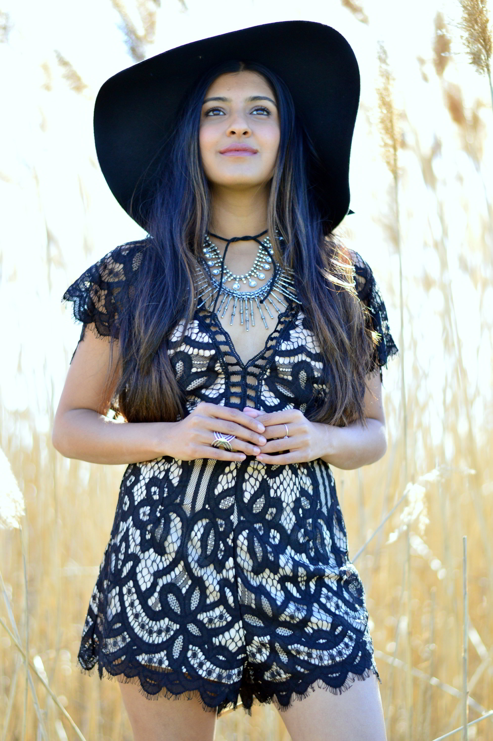 black-lace-romper-boho-festival-style-blogger-outfit 4