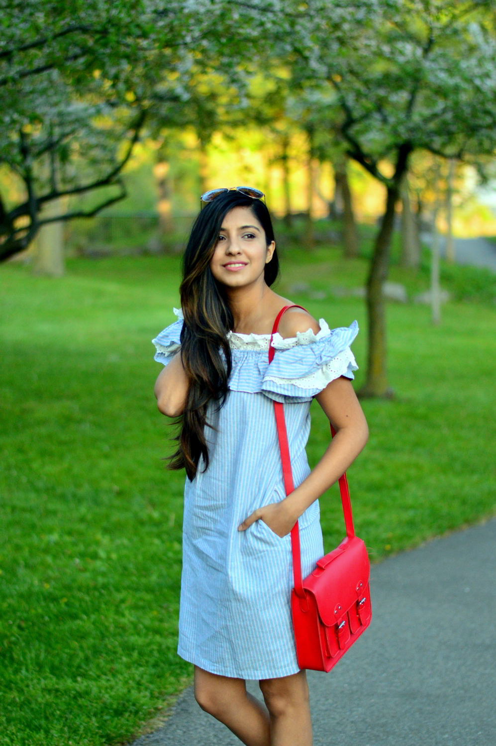 Off-Shoulder-Pinstriped-Chambray-Dress-spring-style 2